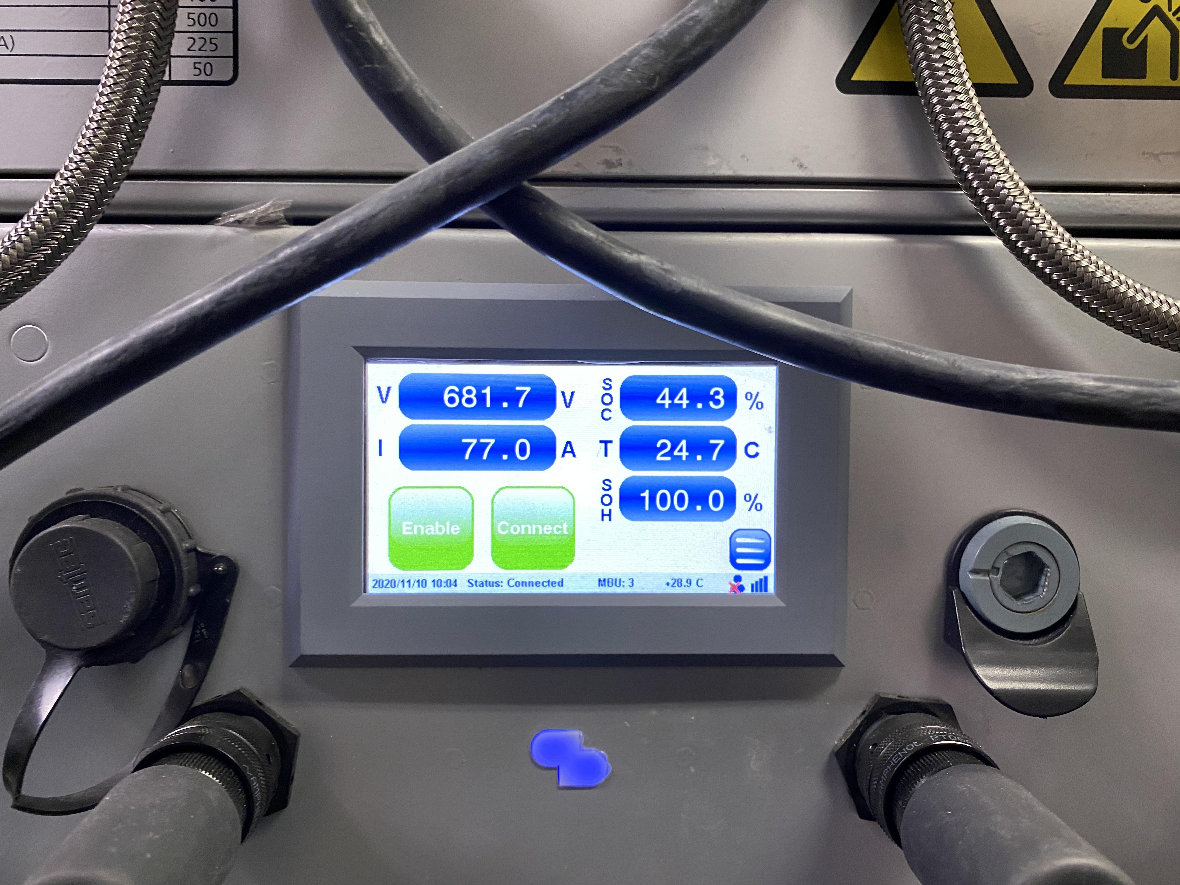 Displayen på batteripacket på ForSea:s elfärja