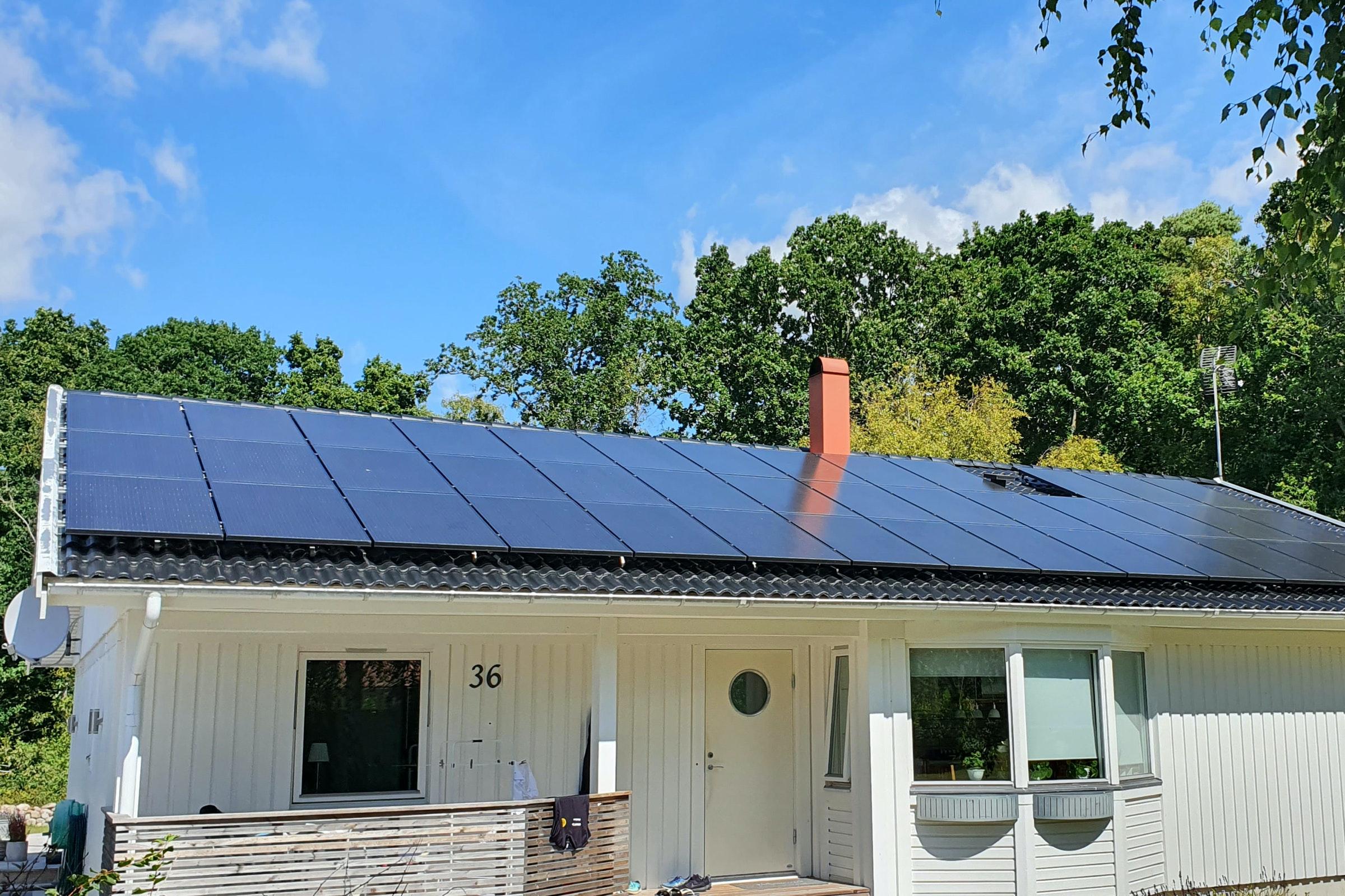 Bild på solceller i Hasslö