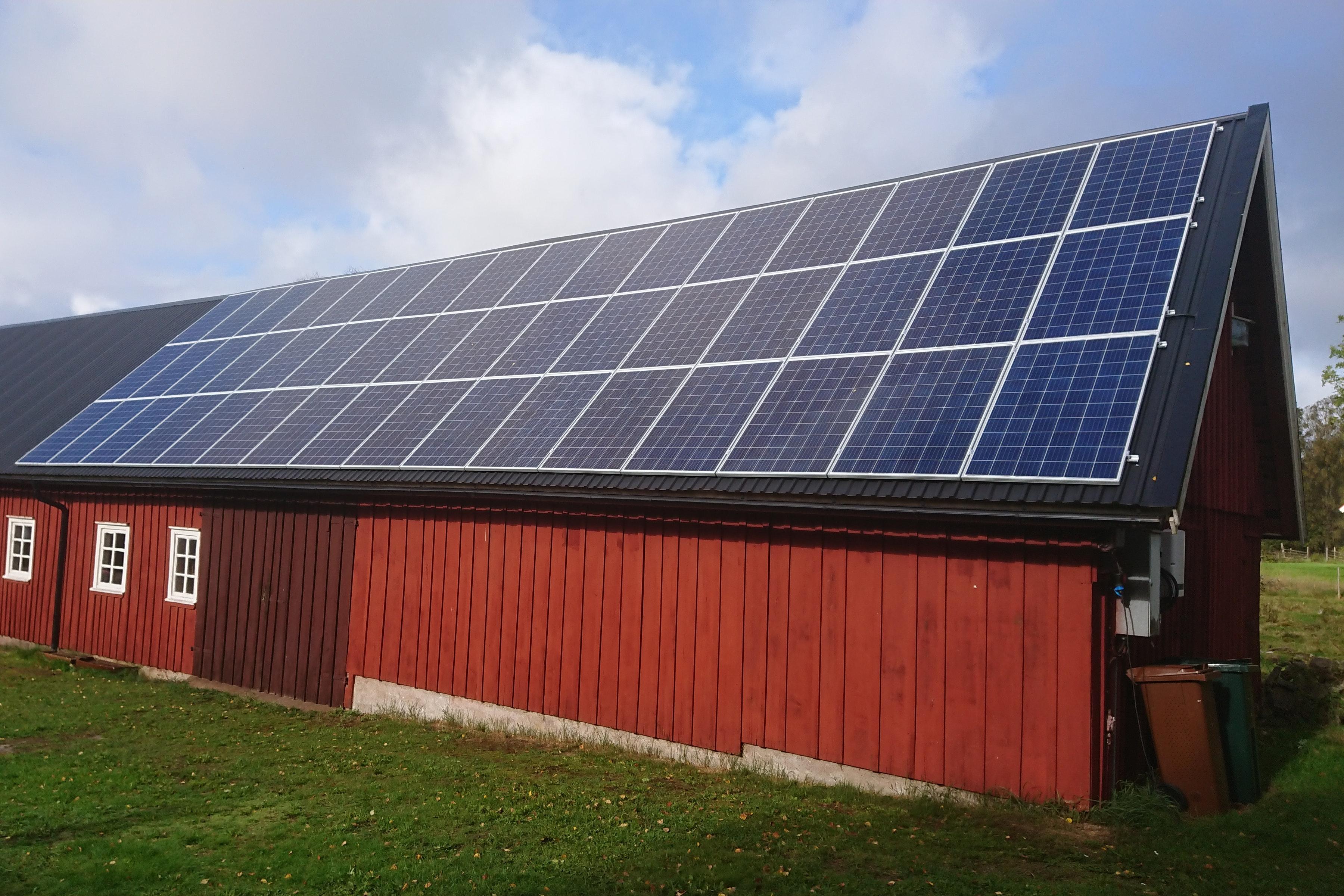 Bild på solceller i Torup