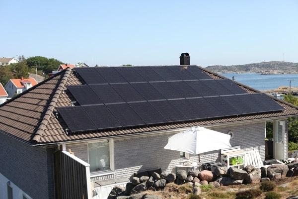 Bild på solceller i Öckerö kommun