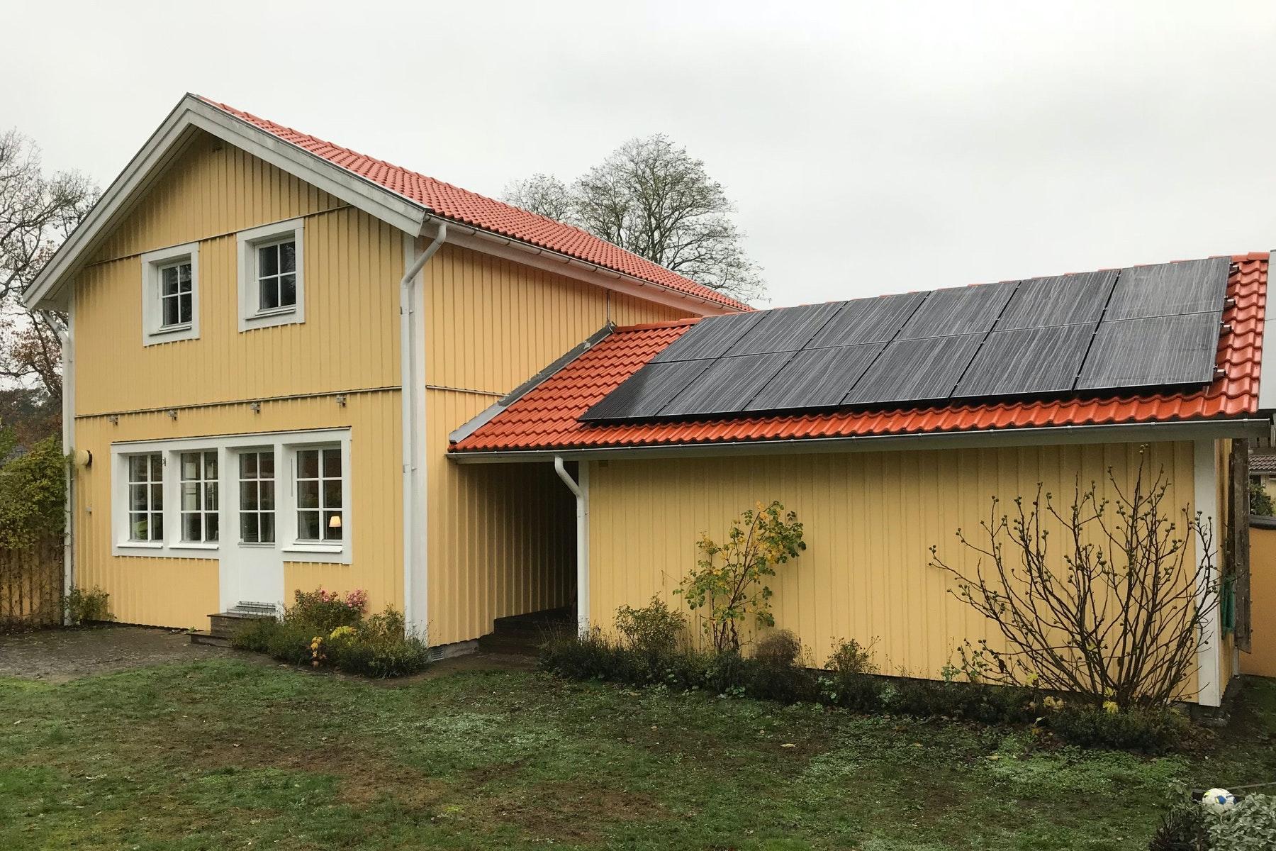 Bild på solceller i Nättraby