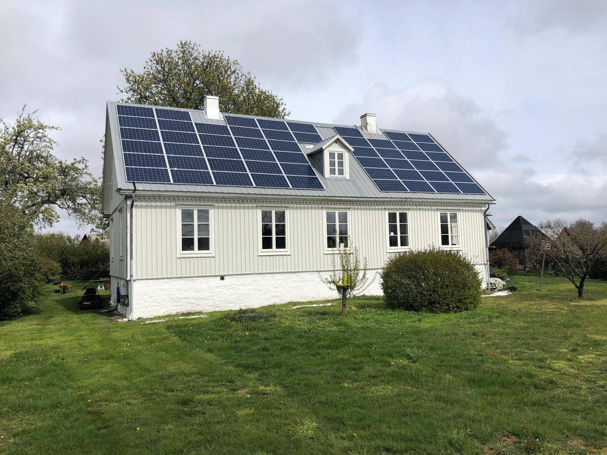 Bild på solceller i Löttorp