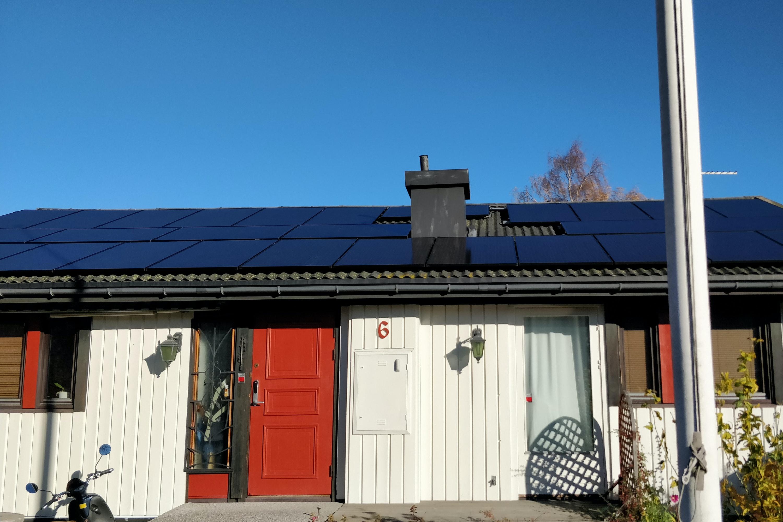 Bild på solceller i Järfälla