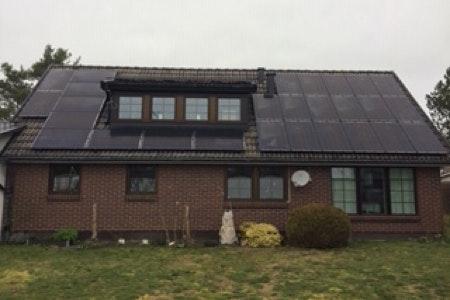 Bild på solceller i Beddingestrand