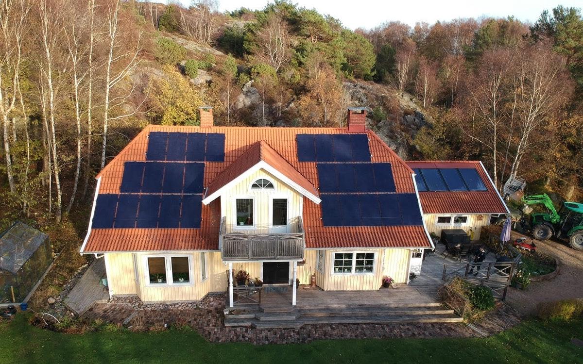 Bild på solceller i Tjörn
