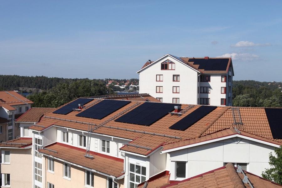 Bild på solceller i Hägersten
