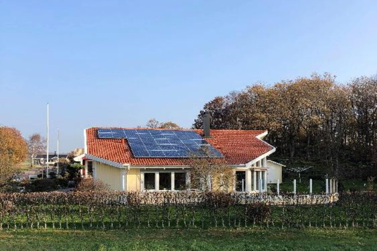 Bild på solceller i Steninge