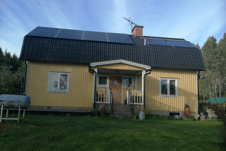 Bild på solceller i Ringarum