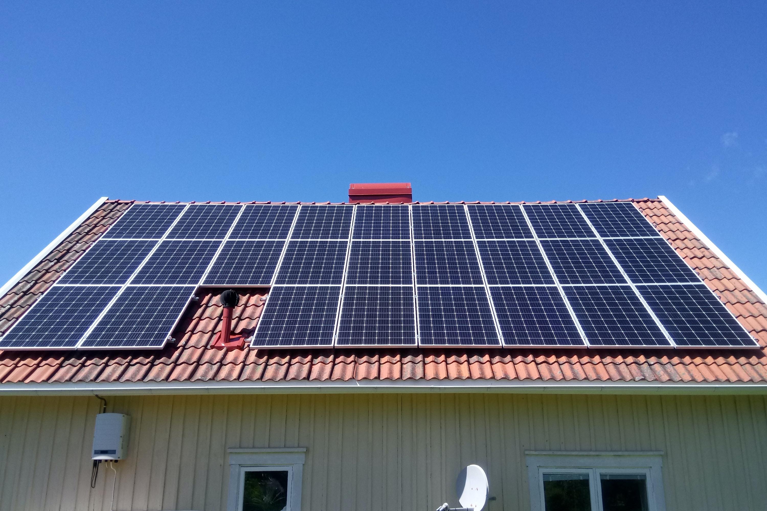 Bild på solceller i Hamburgsund