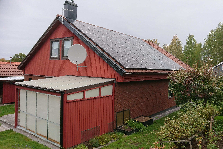 Bild på solceller i Kolmården