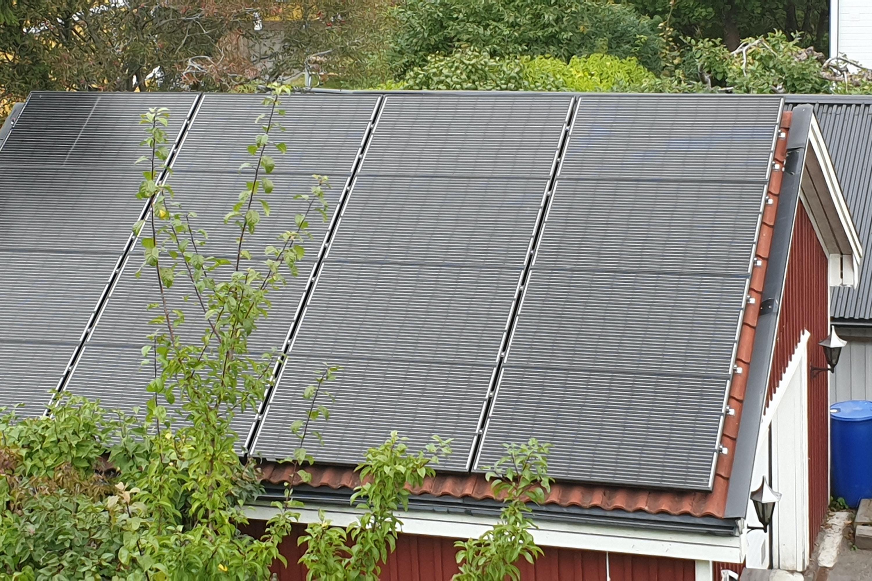 Bild på solceller i Södertälje