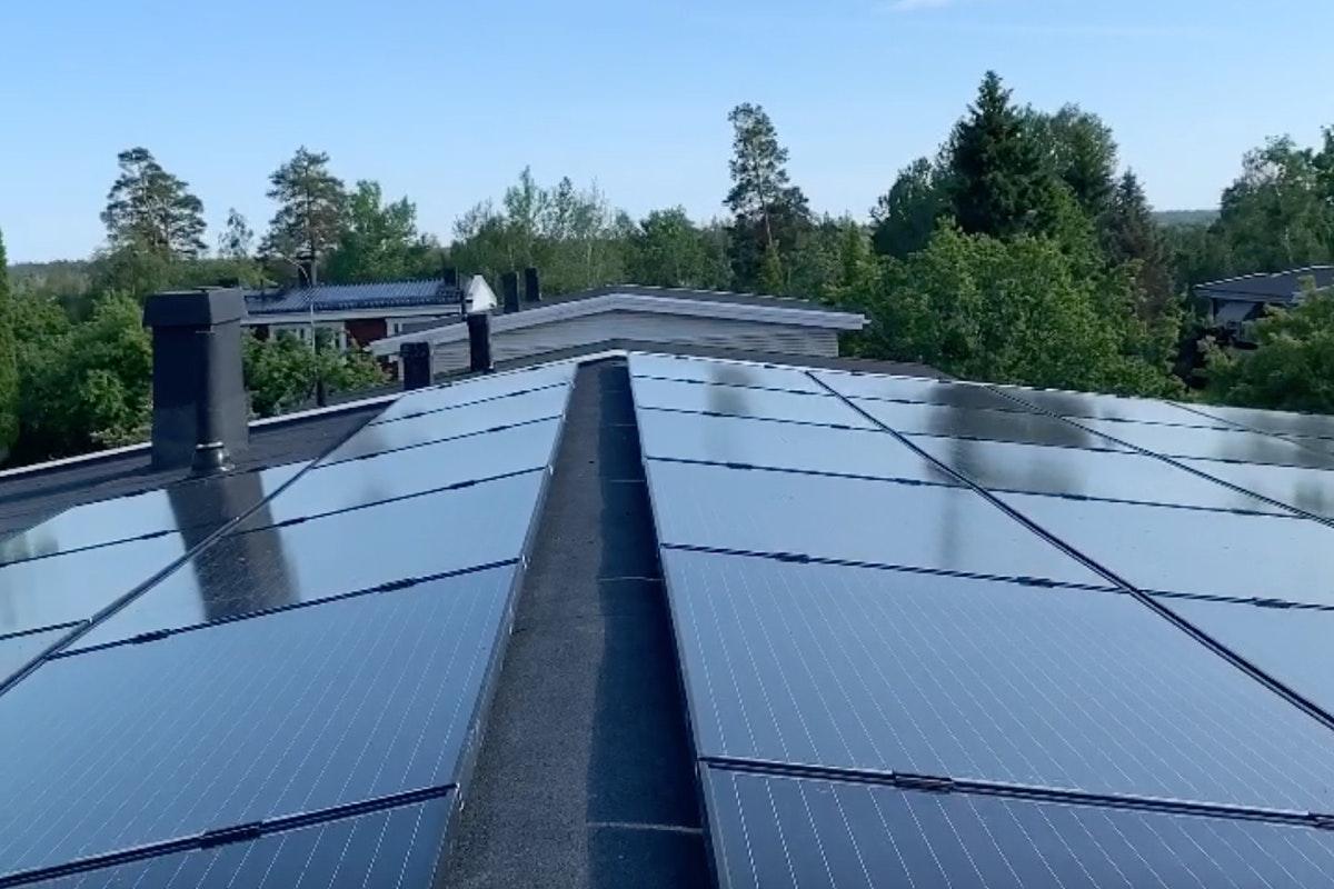 Bild på solceller i Rönninge