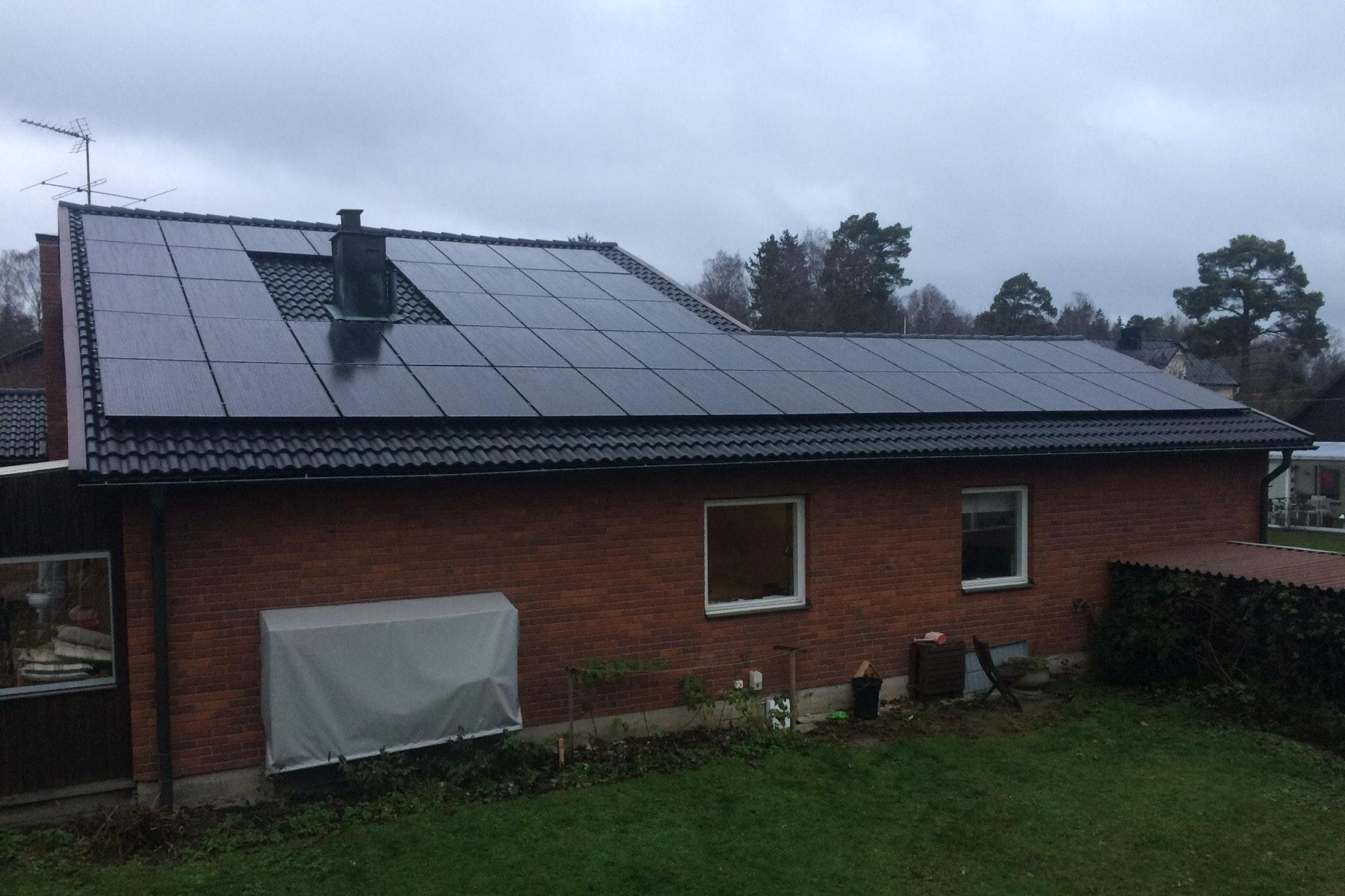 Bild på solceller i Danderyd