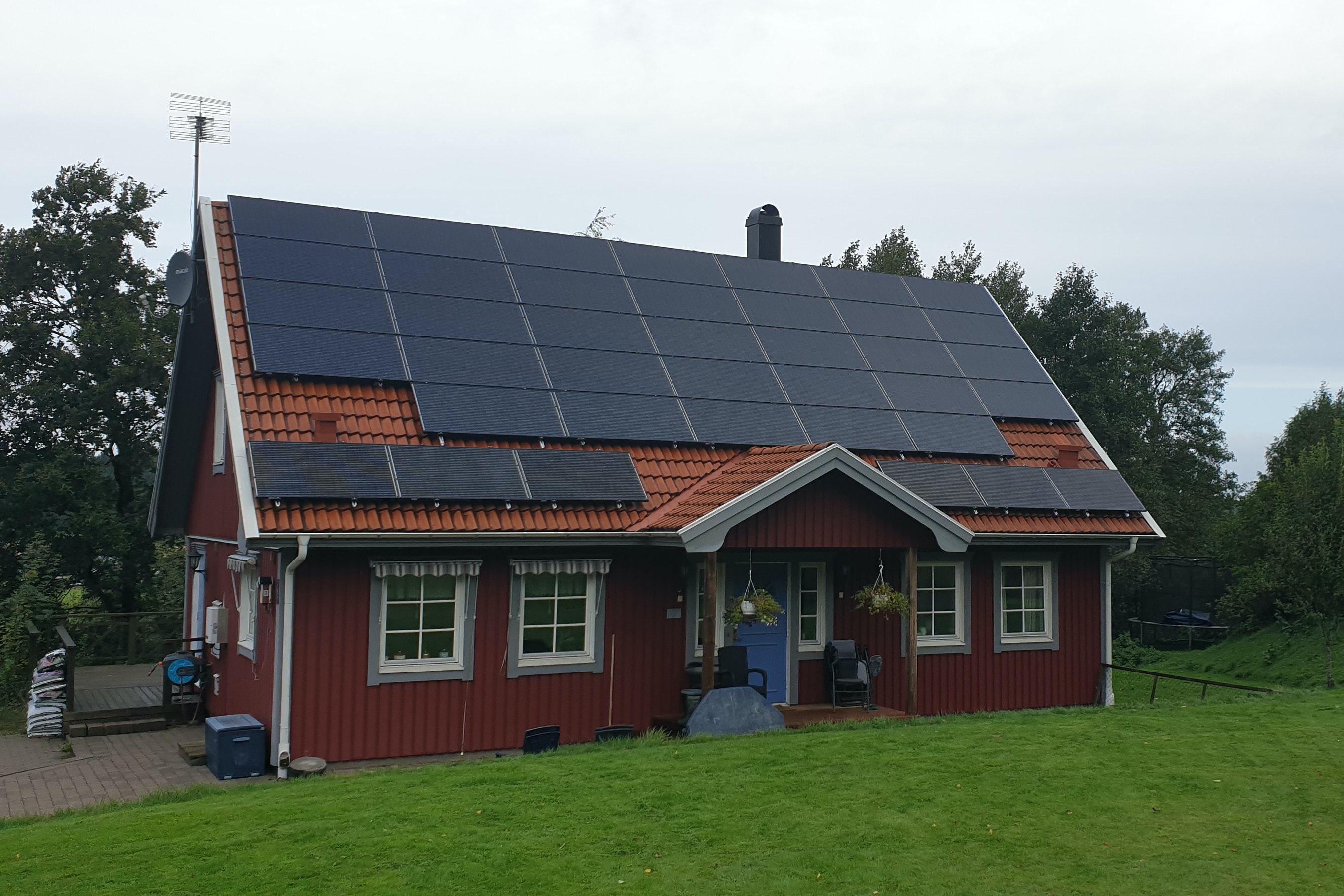 Bild på solceller i Skepplanda
