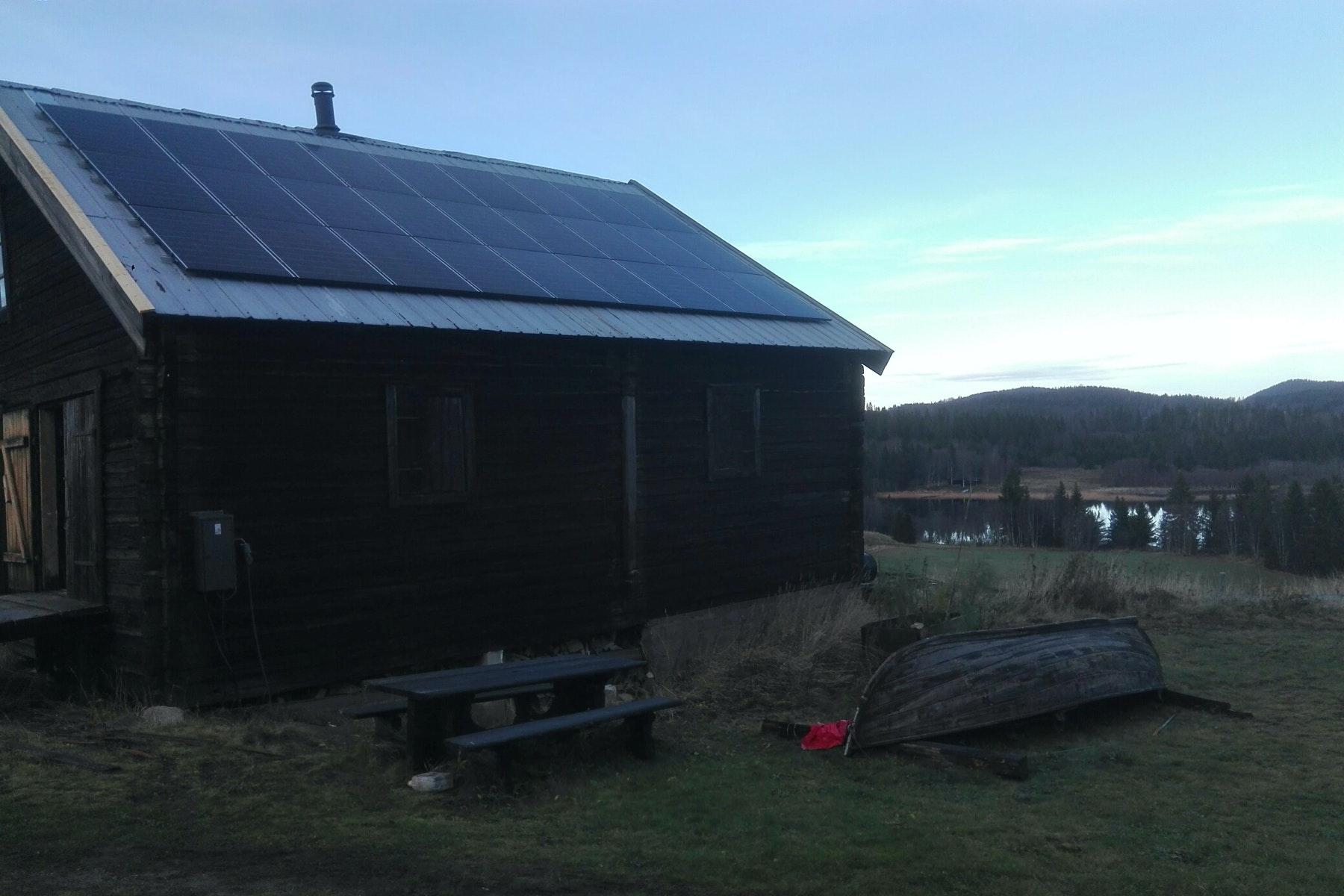 Bild på solceller i Nordingrå